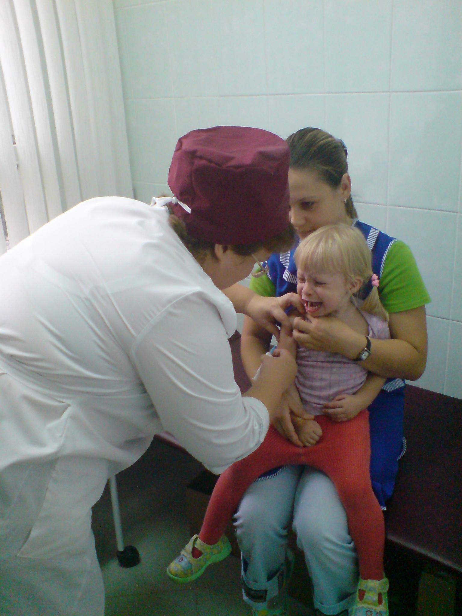 Как правильно сделать клизму грудному (новорожденному) ребенку 31